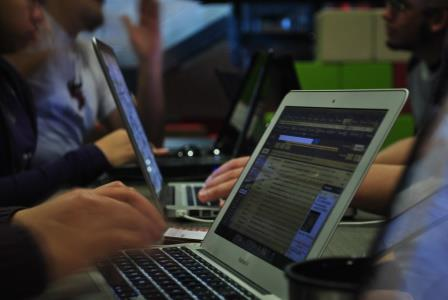 ¿Cómo integrar las TIC a la escuela?
